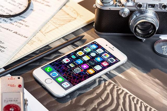 Thay màn hình iPhone 8 Plus giá rẻ tại Hà Nội