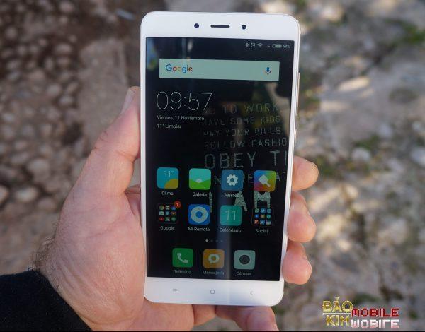 Thay màn hình Xiaomi Redmi Note 4 lấy ngay sau 45 phút