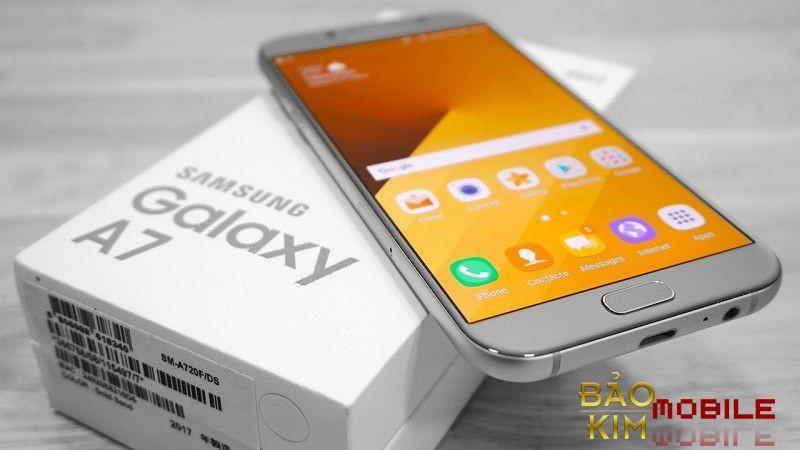 Cần lưu ý đi tìm địa chỉ sửa chữa chân sạc Samsung A7 chính hãng