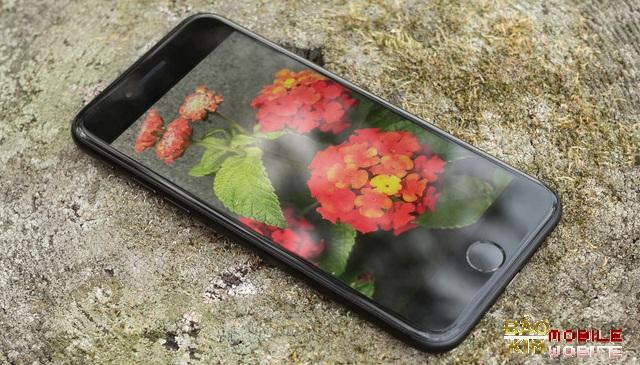 Thay màn hình iPhone 7 lấy liền sau 45 phút