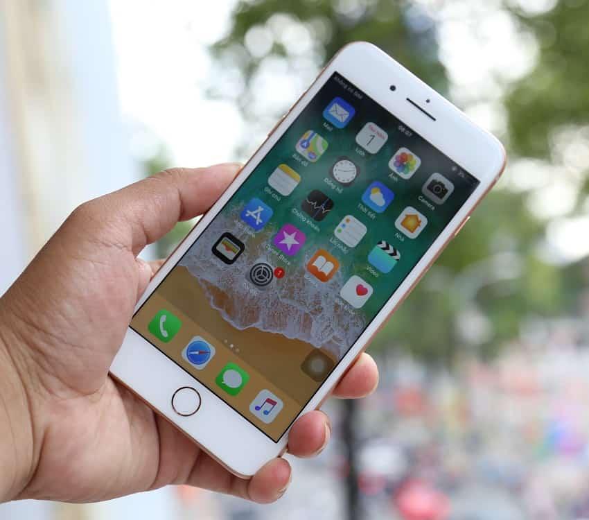 Bảo Kim mobile chuyên thay mặt kính iPhone các model