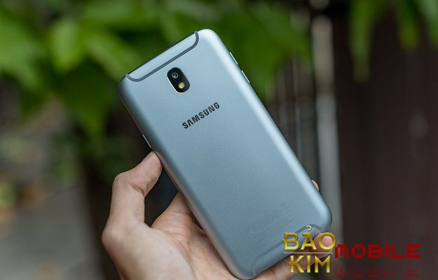Thay chân sạc Samsung J7 Pro