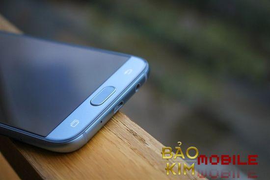 Samsung J7 Pro hỏng chân sạc và cần khắc phục nhanh chóng