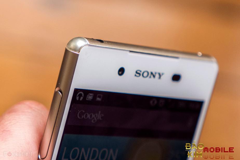 Bảo kim mobile ép kính Sony đẹp như Zin cho khách hàng.