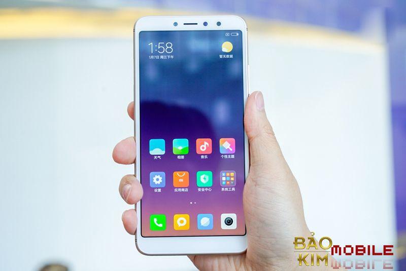 Thay mặt kính Xiaomi Redmi S2 giá rẻ