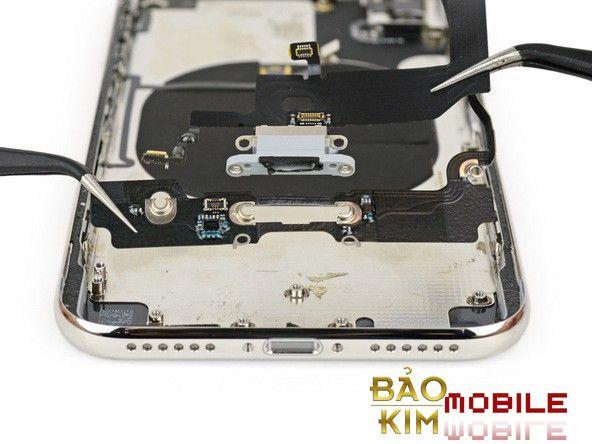 Thay chân sạc iPhone X lấy ngay tại Bảo kim