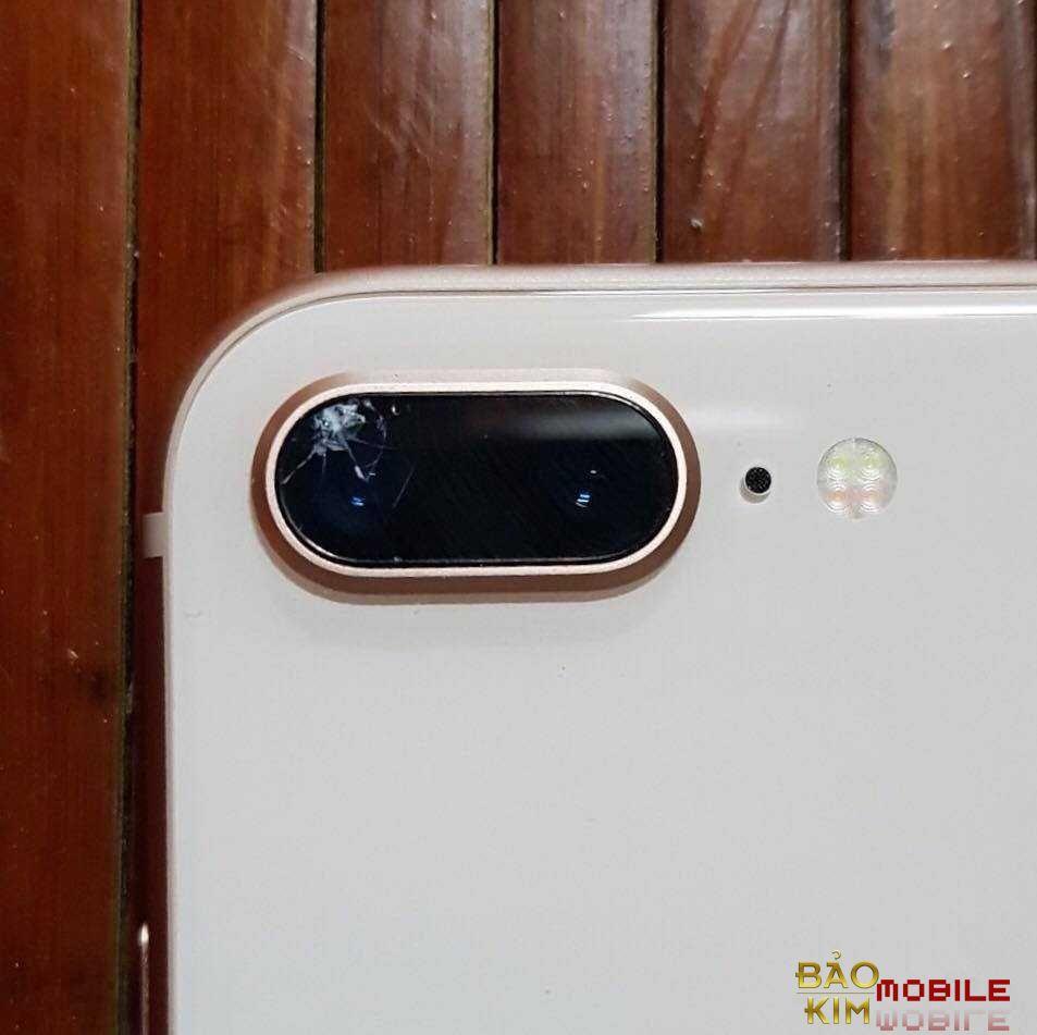 Hình ảnh kính camera iPhone 8 Plus bị nứt vỡ