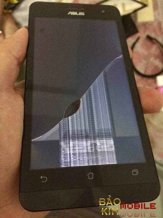 Thay màn hình Asus Zenfone 5 trường hợp màn bị kẻ sọc