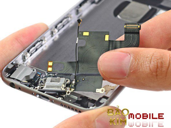 Thay bo cáp mic iPhone 6/ 6S