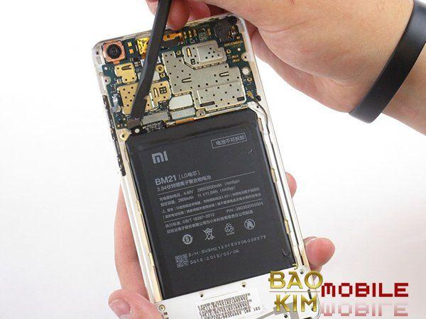 Sửa nút nguồn Xiaomi trường hợp chập nút nguồn