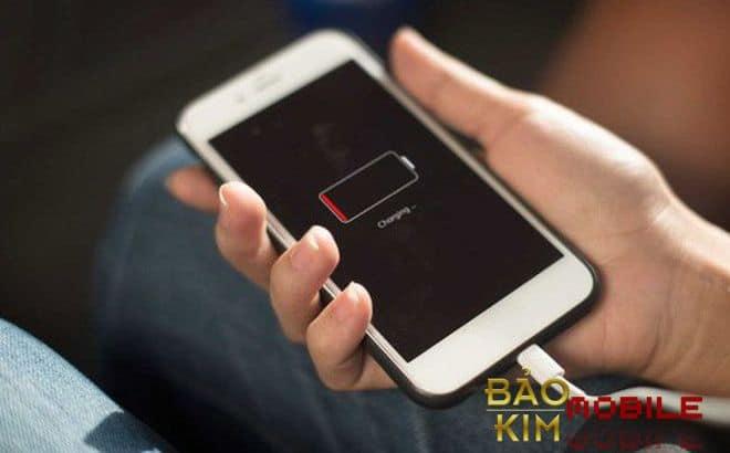 Điện thoại hết pin