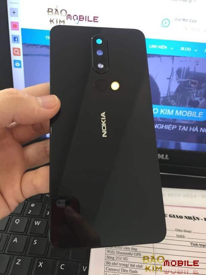 Thay nắp lưng Nokia X5, X6, X7
