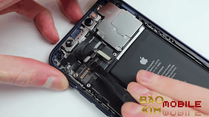 Khi cần thay màn hình iPhone 12, 12 Pro, 12 Pro max cần lưu ý những gì?
