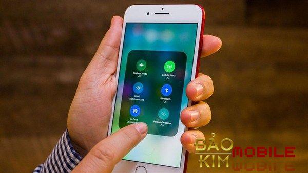 Dịch vụ thay mặt kính cho iphone 8/8 plus tại Baokimmobile