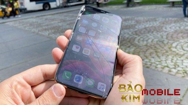 Thay mặt kính iPhone Xs | XS Max Tại Hà Nội Lấy Ngay