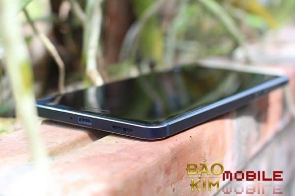 Thay pin Nokia 6