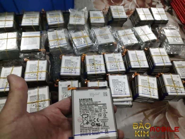 Hình ảnh pin Samsung chính hãng