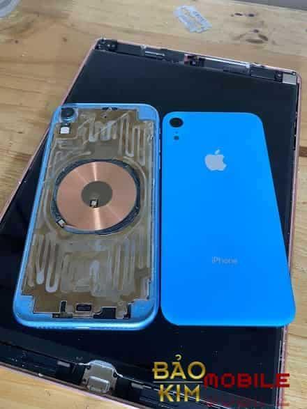Hình ảnh Thay nắp lưng iPhone Xr