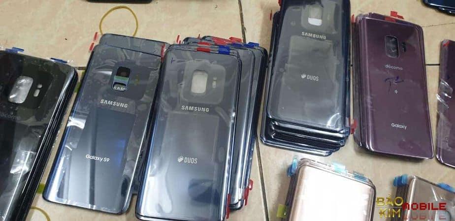 hình ảnh Thay nắp lưng Samsung S20 S20 Ultra chính hãng