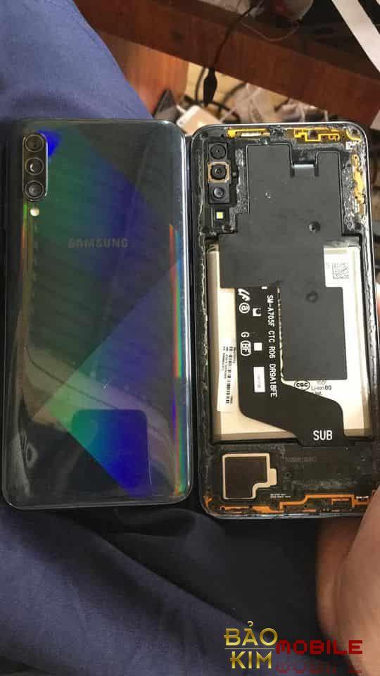 Sửa Samsung A70 mất nguồn không lên nguồn