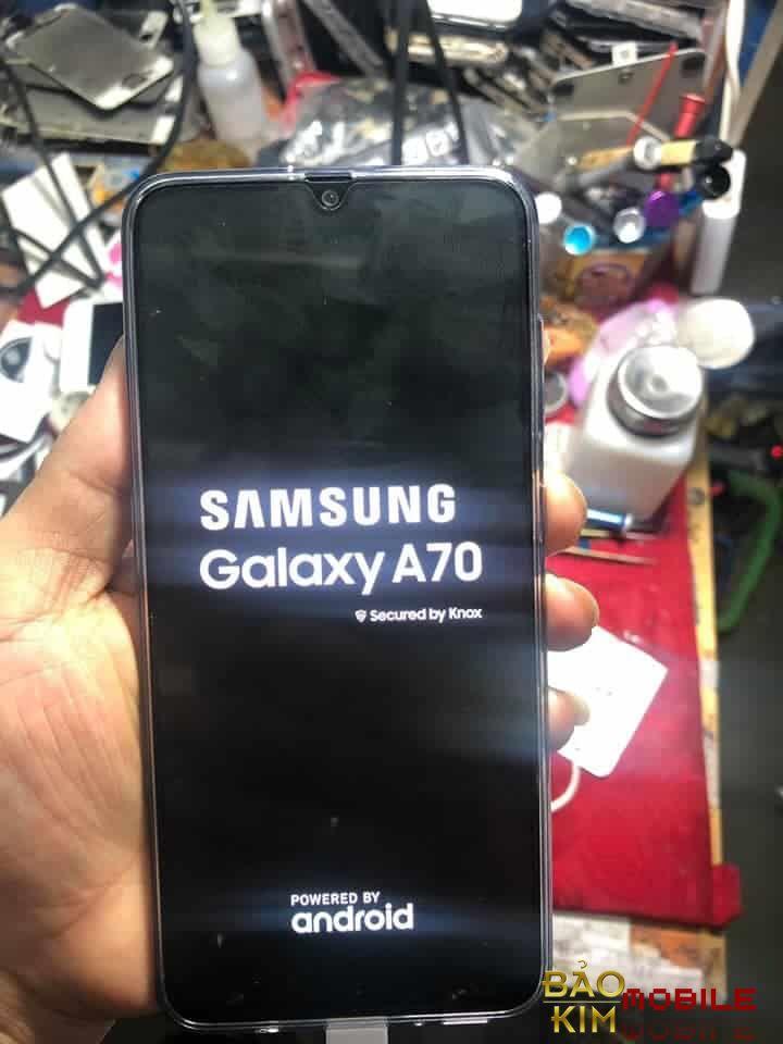 Sửa Samsung A70 không lên nguồn