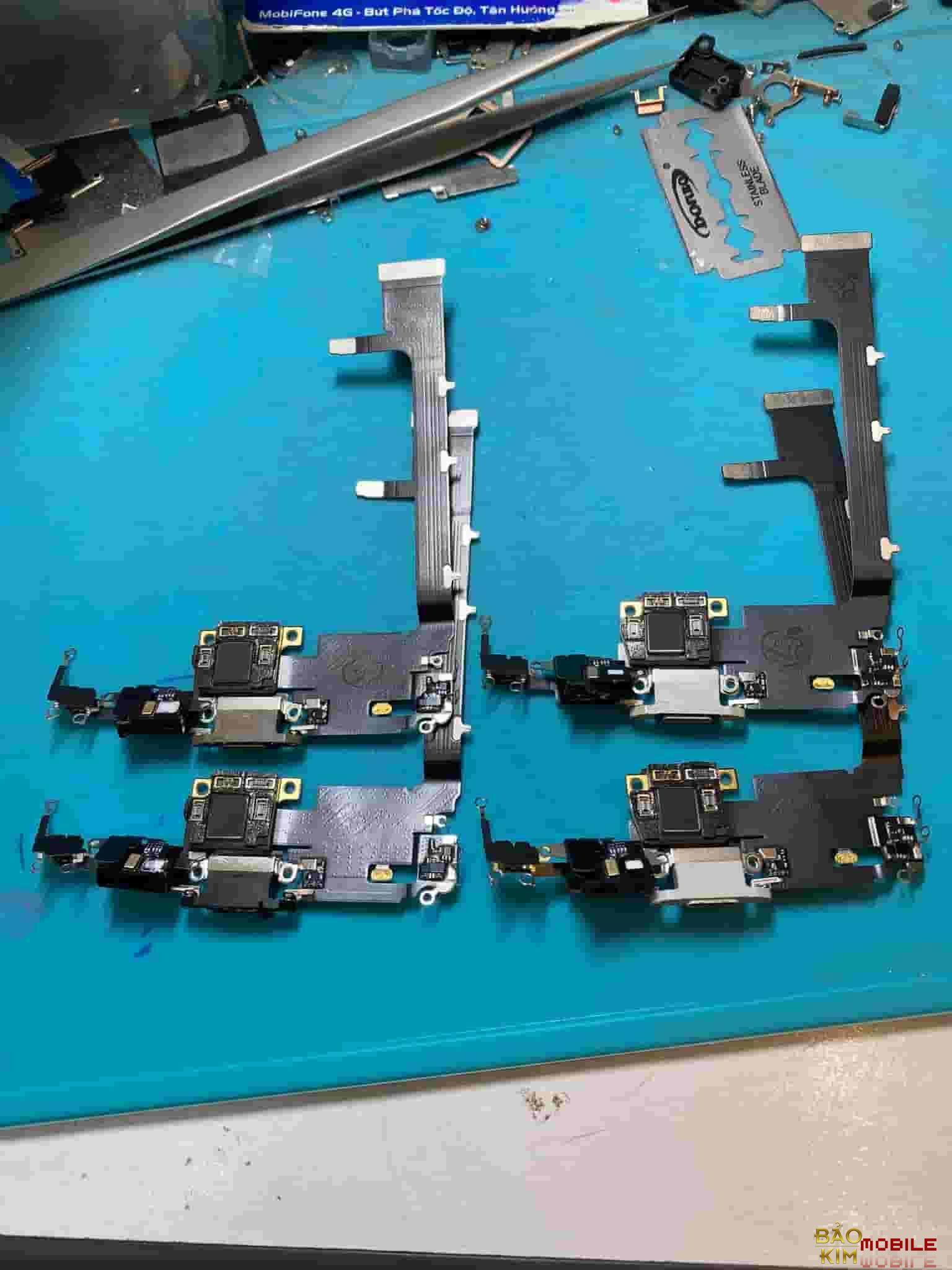 Thay chân sạc iPhone 12, iPhone 12 Pro Max