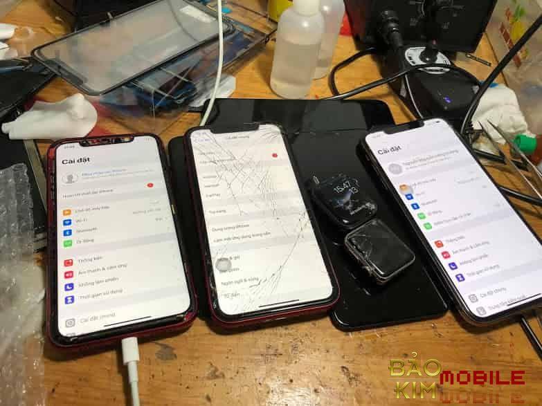 Thay mặt kính iPhone Xr chính hãng