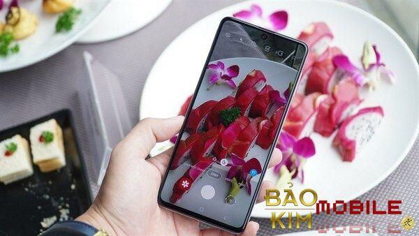 Thay mặt kính Samsung Galaxy M53